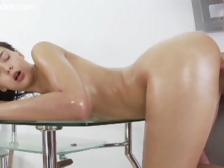 Oiled Girl Copulated In Bootie - ANALDIN