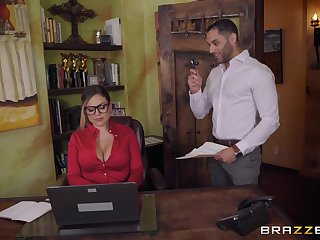 Secretary Karmen Karma seduces her boss into dousing her with cum