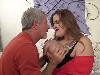 Big Tits Plumper Busty Emma Spreads Her Thick Legs for a Horny Grandpa