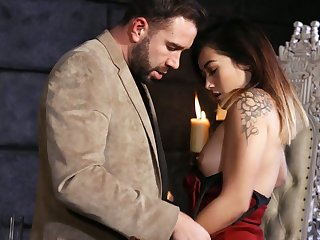 Sexy Asian nympho Aubree Ice impresses horny dude with nice cock ride