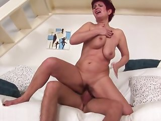 Stunning fluffy mature female