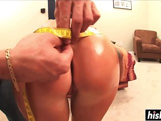 Darkhaired Chick Knows How To Nail Proper - kimberly kole