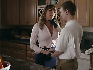 Alluring nicely shaped MILF Dana DeArmond  is guru of deepthroat BJ