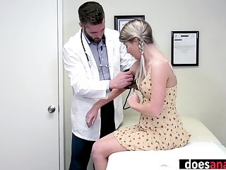 Pretty babe came to perverted doctor and took lollipop