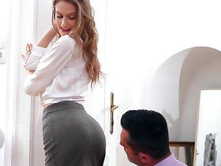 Beautiful babe Tiffany Tatum gets fucked and creampied by horny boyfriend
