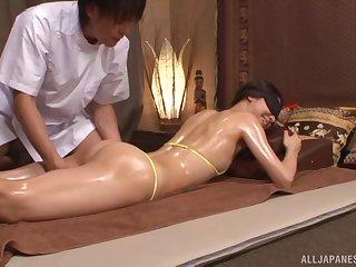Nice fucking on the massage table with amateur Sakurai Mika