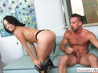 Kristina Rose fucking in the couch with her bubble butt
